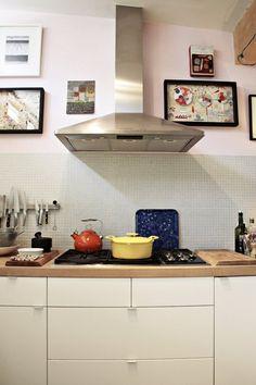 Claes & Melinda's Natural (& Beautiful) Chaos, pink scandinavian kitchen