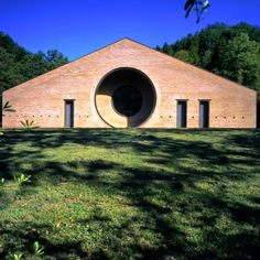 Casa Zermani, by Paolo Zermani, Varano, Parma, 1997 Photo by Renzo Chiesa