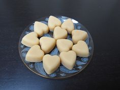 Scottish tablet hearts wedding favours by cakes from the sweetest thing (su Food Wedding Favors, Indian Wedding Favors, Rustic Wedding Favors, Wedding Cake, Scottish Tablet, Wedding Videos, Sweetest Thing, No Bake Cake, Hearts