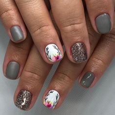 Fall nail art designs you may want to start out with the colorful Fall leaves. The best thing about nail art design match it with Flower Nail Designs, Fall Nail Designs, Floral Nail Art, Nail Art Diy, Spring Nail Art, Spring Nails, Summer Nails, Cute Nails, Pretty Nails