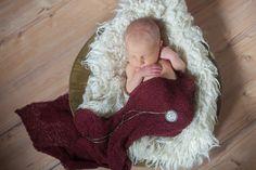 Mia 8 Tage . Neugeborenenfotografie