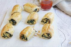These little muffins are not overly sweet with a delicious tang. Pastry Recipes, Cooking Recipes, Slow Cooking, Cheese Roll Recipe, Spinach And Cheese, Spinach Rolls, Spinach Pie, Spinach Ricotta, Good Food