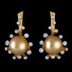 18K yellow gold  28 diamonds 0,76-0,80 ct  golden pearl (Ø 11,5-11,9)