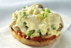 I want to try this one out for my kids, it's kind of like a combo of scrambled eggs and a pizza on an English muffin... what's not to love?
