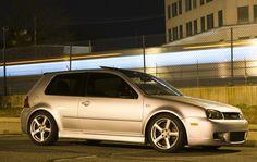 Shot of my R32 in Winter Mode #Volkswagen #VW #golf #cartweet #PKW #cars #Passat #beetle #polo #car