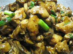 Chicken Stir Fried With Ginger and Oyster Ssuce http://happyhomemaker88.com/2008/02/20/yummy-chicken-stirfry-with-ginger-in-oyster-sauce/  Another childhood favourite of mine. Simple, wholesome soul food best eaten with a bowl of steaming hot rice.  Yum!