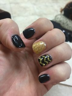 Rose bowl ready with my Iowa Hawkeye nails!