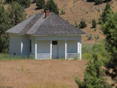 oregon ghost towns pictures | School House in the Ghost Town of Waldron Oregon ... | Old School Ore ...
