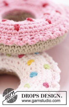 """Crochet DROPS doughnut in """"Paris"""". ~ DROPS Design"""