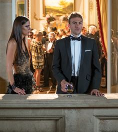 See 'The Royals' Eleanor & Jasper At The Masquerade Ball In A Heated Game Of Cat & Mouse — EXCLUSIVE VIDEO