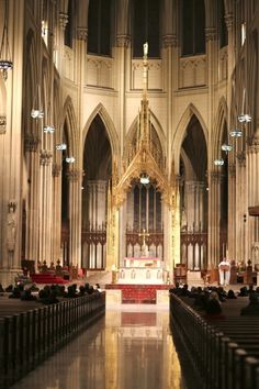 Saint Patrick's Cathedral in #NewYorkCity.
