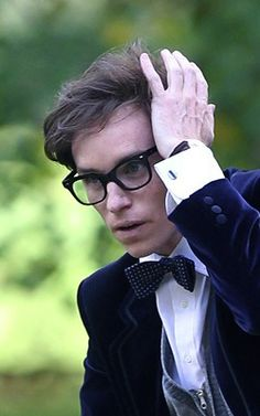 Eddie Redmayne as Stephen Hawking in The Theory of Everything. Can't wait for the movie :)