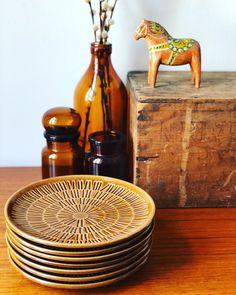 Excited to share this item from my #etsy shop: Bo Fajans Vintage Sweden appetizer sandwich plates ceramic/ 1960s Appetizer Sandwiches, Appetizers, Tea Cup Saucer, Tea Cups, Ceramic Birds, Caramel Color, Retro Design, Scandinavian Design, Dinner Plates