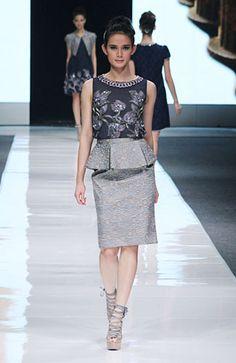 Elegant style #fashion #Indonesianfashion #style http://livestream.com/livestreamasia