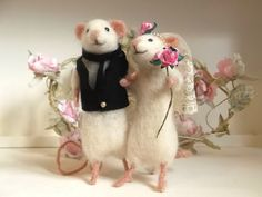 Needle Felted Mice Wedding Cake Toppers Bride & Groom Mouse Handmade Ready To Ship