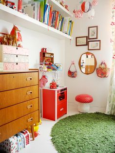 love the little toadstool stool and the mirror at just the right height. and everything else about this room.