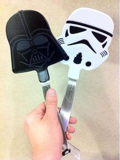 Cook Food That is Out of This World With the Star Wars Spatula #geek trendhunter.com i have these but i thought they were to good to be used to cook so they hang on my wall
