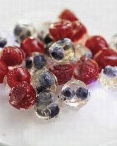 of July Party Ideas – 10 Easy Fourth of July Drink and Food Ideas! frozen berries to add to any drink - how fun!