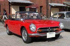 Honda Vehicles, Honda Motors, Life Car, Car Racer, Honda S, Mechanical Design, Old Cars, Classic Cars, Motorcycles