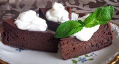 Čokoladová buchta bez mouky a cukru. Po sladkých velikonočních dobrotách třeba i nějakou zdravou variantu sladkého :) Autor: Jasmina Ben