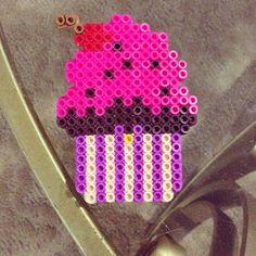 Cupcake perler beads by MissFrankiee