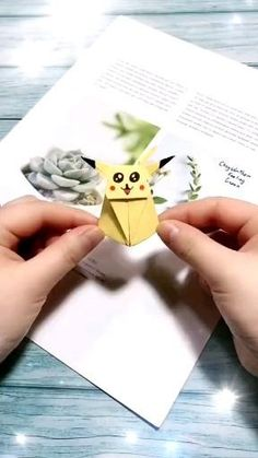 Diy Crafts Hacks, Diy Crafts For Gifts, Diy Arts And Crafts, Diy Crafts Videos, Creative Crafts, Foam Crafts, Art Crafts, Diy Videos, Origami Pokemon