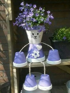 Clay Pot Kitten - use smaller pots for arms & legs