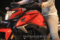 Honda CB Hornet 160R to be launch on 10th December, bookings open