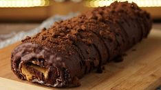 Chocolate and Dulce de Leche Roll Cake - A Little Something Sweet - Desserts - Dessert Recipes Best Dessert Recipes, Fun Desserts, Sweet Recipes, Delicious Desserts, Cake Recipes, Yummy Food, Food Deserts, Casserole Recipes, Chocolate Desserts