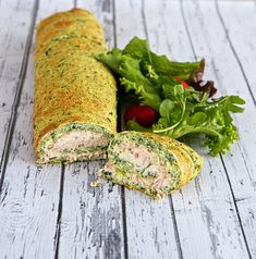 A delicious spinach and tuna roulade recipe from Ev at Shades of Cinnamon. I Love Food, Good Food, Yummy Food, Brunch, Healthy Snacks, Healthy Eating, Healthy Recipes, Roulade Recipe, Happy Foods