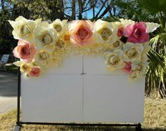 Items similar to Paper flowers backdrop/ Paper flower wall/Backdrop/Wedding backdrop/Sweet shower/Bridal shower/Christening/Birthday party/ Princess on Etsy Large Paper Flower Template, Large Paper Flowers, Paper Flower Wall, Paper Flower Tutorial, Giant Paper Flowers, Paper Roses, Flower Wall Backdrop, Backdrop Wedding, Flower Decorations