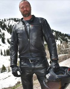Leather Jeans Men, Leather Gloves, Black Leather, Motorcycle Leather, Motorcycle Outfit, Biker Accessories, Bike Leathers, Men In Uniform, Leather Fashion