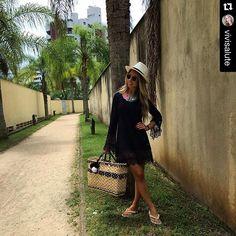 Na Linda Moliva é assim ... Só cliente linda!!! Obrigada pelo registro @vivisalute !!! Como sempre Linda, Estilosa e Elegante  #repostapp with @repostapp. ・・・ Dia de ☀️ estreiando minha bolsa linda da @lindamoliva #beach  #lindamoliva #euusolindamoliva #bolsadepalha #bolsasdepalha #modapraia #praia #verão #summer #look #lookday #fashionista #lookemgrupo