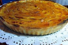 Tarta de Manzana Especial by auro44, via Flickr