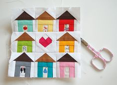 "August was Corey' s month in the Ringo Pie patchwork bee , and her theme was ""Quilts on a line. Quilting Tutorials, Quilting Projects, Quilting Designs, Sewing Projects, House Quilt Block, Quilt Blocks, Small Quilts, Mini Quilts, Diy Quilt"