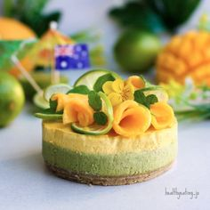 Green and Gold Cheesecake by @healthyeating_jo - Sweeter Life Club