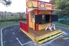 Diner Range Play House by Playground Wizards. Contact: sales@playgroundwizards.co.za http://www.playgroundwizards.co.za