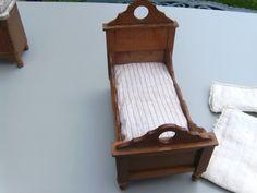 ANTIQUE SCHNEEGAS MINIATURE BEDROOM SUITE circa 1900   eBay
