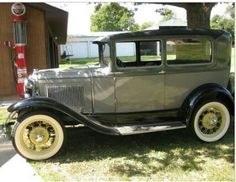 1930 model a ford.