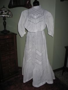 Antique Edwardian Day Dress~Embroidery~Pintucks~HM Valencienne Lace Bridal