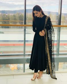 outfit in 2019 indian dresses, indian designer suits, indian designe Pakistani Dress Design, Pakistani Outfits, Eid Outfits, Indian Wedding Outfits, Black Pakistani Dress, Pakistani Clothing, Fashion Outfits, Indian Attire, Indian Wear
