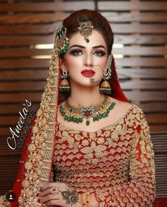 Shared by ♡ Diana ♡ 🍒. Find images and videos about wedding, bride and nose ring on We Heart It - the app to get lost in what you love. Pakistani Bridal Makeup Red, Pakistani Bride Hairstyle, Pakistani Bridal Makeup Hairstyles, Indian Bridal Fashion, Bridal Makeup Images, Bridal Makeup Looks, Bridal Makup, Wedding Makeup, Bridal Makeover