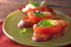 Baked Caprese Salad http://www.foodnetwork.com/recipes/giada-de-laurentiis/baked-caprese-salad-recipe/index.html?ic1=obinsite