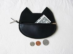 Hey, I found this really awesome Etsy listing at https://www.etsy.com/listing/178672339/cat-coin-pouch-wallet