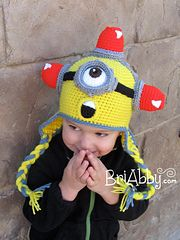 Here is a unique pattern for a hat inspired by the beloved Minions!. It's perfect for all ages! This pattern is written in US Terms and has 10 different sizes from 6 months to large adult and includes two different styles. The pattern is very detailed and has pictures throughout to make things easy to understand. If you have any questions I would be happy to help and my email is listed on the pattern. This comes in PDF format and is 12 pages long.