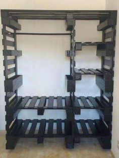 47 Inexpensive Diy Pallet Project Furniture Design Ideas In the past when you thought of a pallet you thought of bulk shipping and warehouses that would be responsible […] Modular Furniture, Home Diy, Furniture Design, Furniture Diy, Diy Pallet Furniture, Refinishing Furniture, Furniture, Pallet Decor, Pallet Projects Furniture