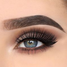 17 Stunning eye makeup ideas for blue eyes