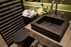 Decor Salteado - Blog de Decoração e Arquitetura : Louças sanitárias foscas em banheiros e lavabos – veja cubas e vasos com essa tendência!