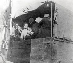 In der zweiten Vernichtungswelle der jüdischen Menschen im so genannten Warthegau, vornehmlich im Ghetto Lódz waren maßgeblich die Männer um Hans Bothmann zuständig, die das Vernichtungslager Chełmno für ihr mörderisches Handwerk wieder aktivierten. Stellvertreter des SS-Hauptsturmführers Bothmann w