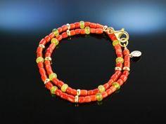 Fancy Coral Bracelet! Armband 2reihig Sardegna Koralle Jade, Zierkugeln und Karabinerschließe aus Sterling Silber 925 vergoldet. Echter exquisiter Korallen Schmuck bei Die Halsbandaffaire München
